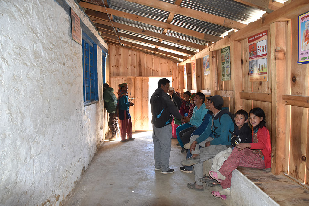 Waiting room of the hospital in Simikot. The hospital was renovated with volunteers from Nepal Trust Austria.